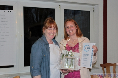 Susanne Bulmer erhält Dankeskurkunde des Vereins